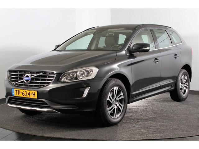 Volvo XC60 2.0 D4 180PK Momentum Stoelverw. | ECC | PDC | Afn. Trekhaak | LM