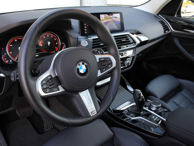 BMW X3 3.0i 251pk X-Drive Nw.Pr; 90000,= Panodak   Adaptieve Cruise, Ass. Plus   Navi Proff   M Sportstuur   HP Led   Head-up   Camera