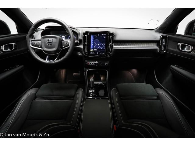 Volvo XC40 2.0 T4 R-Design | 19 INCH | 2-KLEUREN | INTELLISAFE PRO LINE | 190 PK | KEY-LESS
