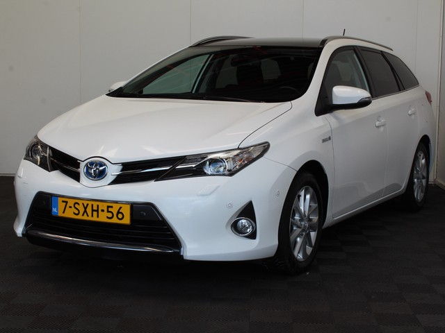 Toyota Auris Touring Sports 1.8 Hybrid Lease+ NAVI PANO LMV ECC CRUISE CAMERA