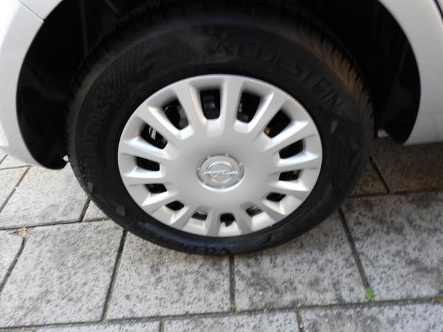 Opel Corsa 1.2-16V Selection   5 DEURS
