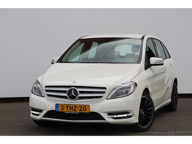 Mercedes-Benz B-Klasse 180 Ambition Navi | Xenon | Sportvelgen | Aut7 | Cruise | Trekhaak !!