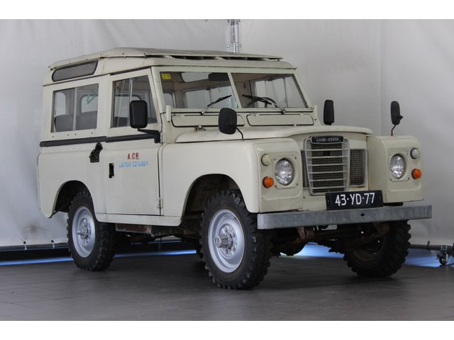 Land Rover Defender 88 Series 3 4x4 Oldtimer 7 persoons