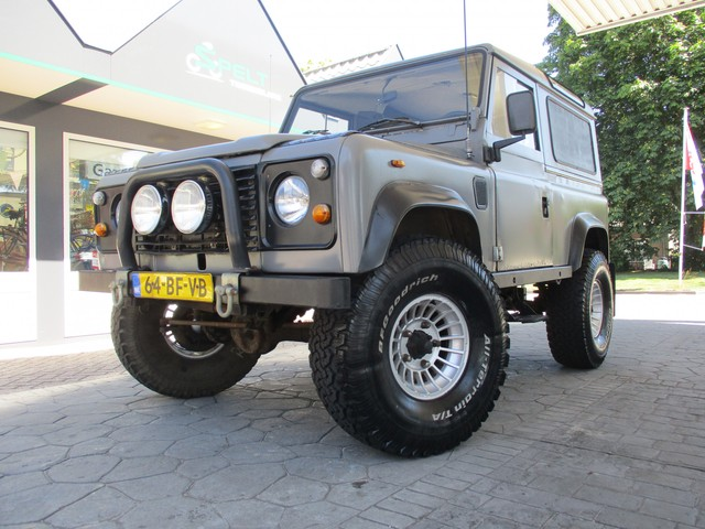 Land Rover Defender 90 Marge Automaat!