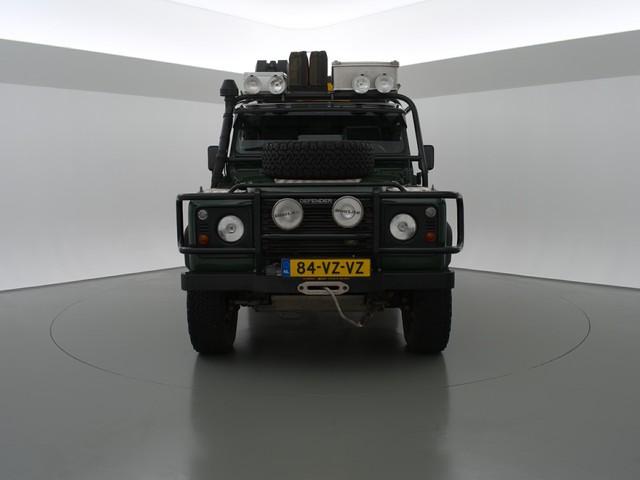 Land Rover Defender 110 2.5 TD5 EXPEDITIE KLAAR - DAKTENT   ROLKOOI   220V   ZONNEPANEEL   LIER   WATERTANK