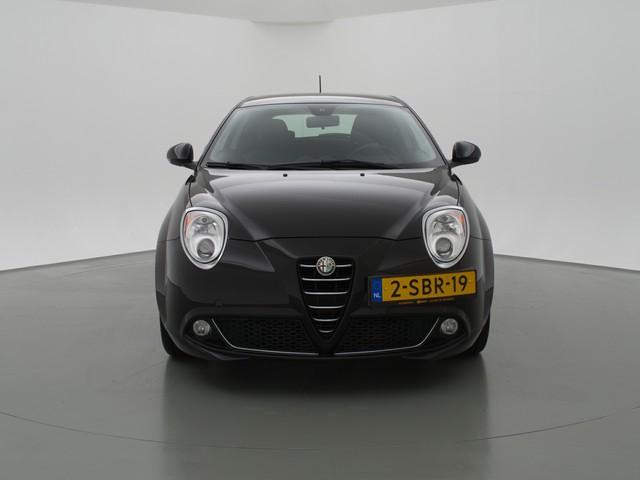 Alfa Romeo MiTo 0.9 TWINAIR DISTINCTIVE + LEDER   NAVIGATIE   17 INCH LMV