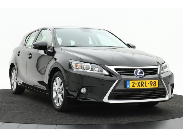 Lexus CT 200h Business Line | 1e eigenaar | Navigatie | LED | Lava Red interieur | Climate control
