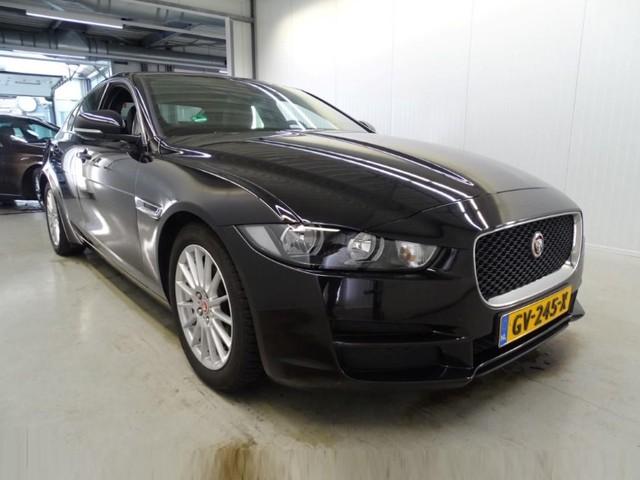 Jaguar XE 2.0 D Prestige AUT. *XENON+NAVI+PDC+ECC+CRUISE*