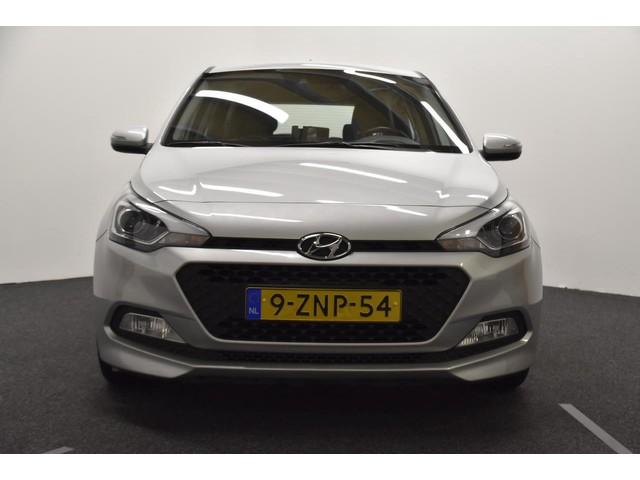 Hyundai i20 5-DRS. 1.2 HP I-MOTION | ZEER ZUINIG!!!