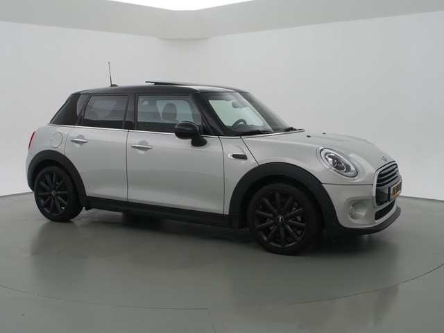 MINI Mini 1.5 COOPER 5-DEURS AUT. + PANORAMA   LEDER   NAVIGATIE   HEAD-UP   LED