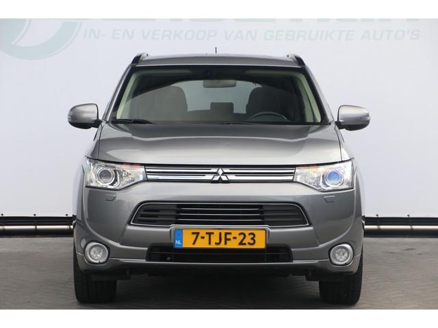 Mitsubishi Outlander 2.0 PHEV Intense + LPG G3 Aut 2014
