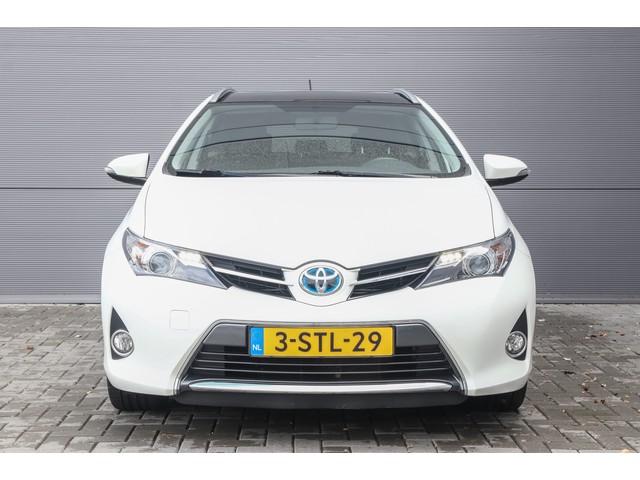 Toyota Auris Touring Sports 1.8 Hybrid Navi Pano 17''