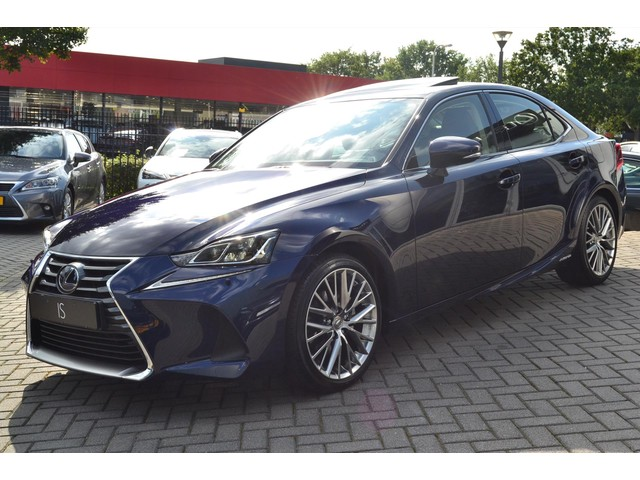 Lexus IS 300h Luxury Line, Quad Led, Mark Levinson, Sunroof