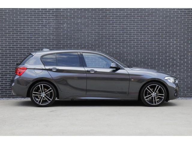BMW 1 Serie 118i 136PK Edition M Sport Shadow Executive *Fabrieksgarantie tot 02-2020 | Privacy glass | Navigatie | Cruise Control | LED*