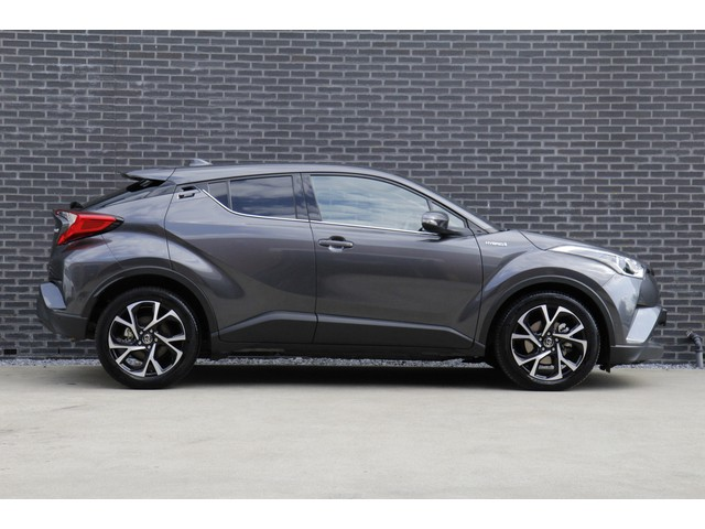 Toyota C-HR 1.8 Hybrid Dynamic *18inch lm-velgen | Apd. cruise contole | Zeer compleet | hoge zit*