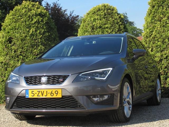 Seat Leon ST 1.4 TSI ACT FR Dynamic   Automaat   Panoramadak