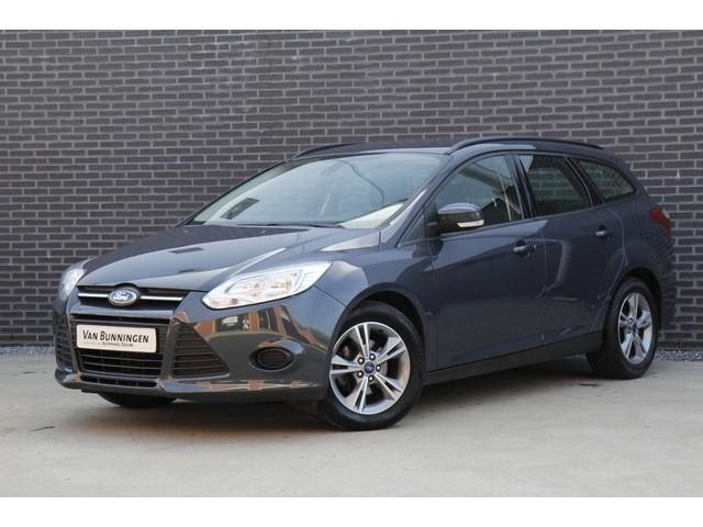 Ford Focus Wagon 1.0 EcoBoost 100PK Edition *6 maanden garantie   Dealer onderhouden   Navigatie   Parkeersensoren   Trekhaak*