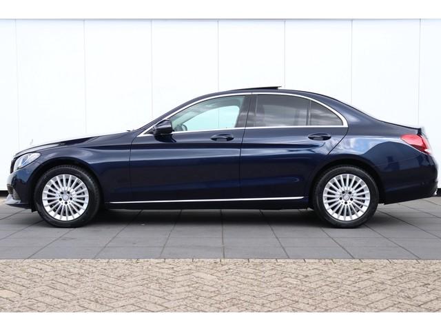 Mercedes-Benz C-Klasse 180 Prestige AUT | PANO | NAVI