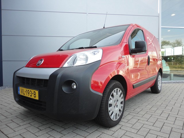 Fiat Fiorino 16v MultiJet 75pk SX|AIRCO|RUIT IN SCHUIF DEUR|LAGE KM STAND|