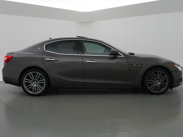 Maserati Ghibli 3.0 V6 D 275 PK - BTW AUTO   SCHUIFDAK   20 INCH   CAMERA