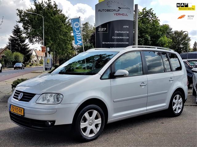 Volkswagen Touran 1.6-16V FSI Highline 7 Zits Automaat Clima Cruise Boekjes Nap