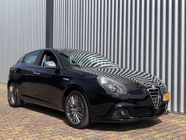 Alfa Romeo Giulietta 1.4 T Distinctive Aut. | Nav | Leder | Cruise | Ecc