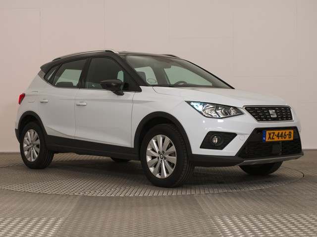 Seat Arona 1.6 TDi ECC APPLE-CARPLAY NAV KEYLESS DGLAS PDC 16''
