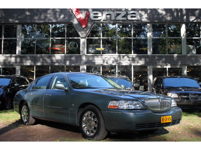 Lincoln Town Car NL-Auto ALLE OPTIES 6PERSOONS
