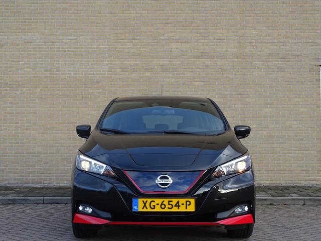 Nissan Leaf 40 kWh N-Connecta   Black Edition ex btw | Stoelverwarming | Stuurwielverwarming | Navigatie | E-Pedal | Clima |