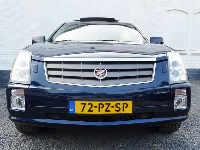 Cadillac SRX 4.6 V8 325pk SPORT LUXURY Dvd-TV-Xenon-Panodak-7 Persoons