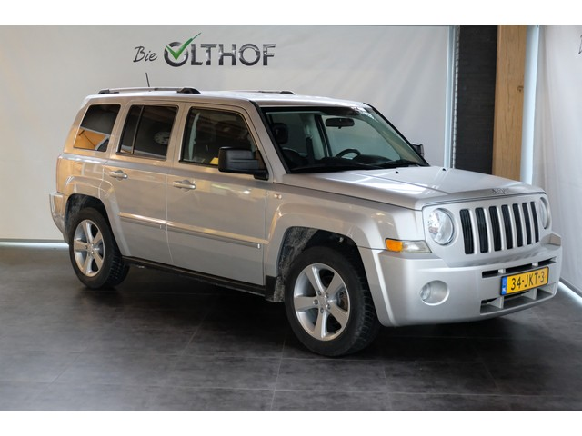Jeep Patriot 2.4 Limited Liberty   AUTOMAAT   LEDER   CRUISE