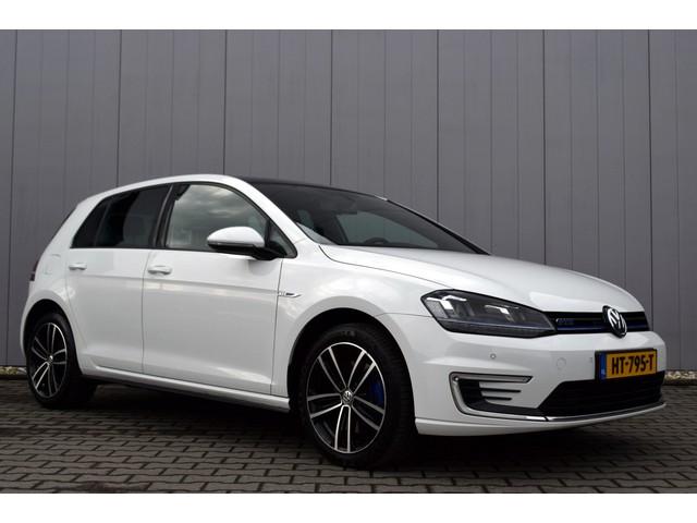 Volkswagen Golf 1.4 TSi DSG GTE Sportstoelen, LED Koplampen, 17 Inch LMV, Full Map Navi, 7% Bijtelling!!