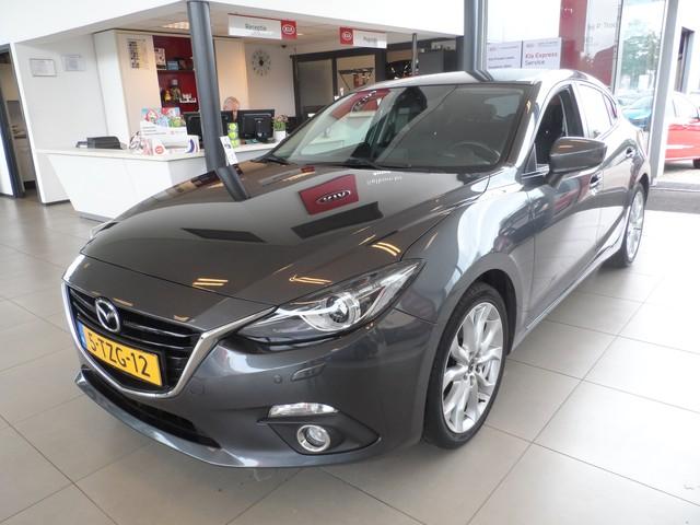 Mazda 3 2.0 GT-M Navi Clima Cruise Stoelverwarming Parkeersensoren a.s Zondag geopend van 12:00 tot 17:00 (muv Mizarstraat)