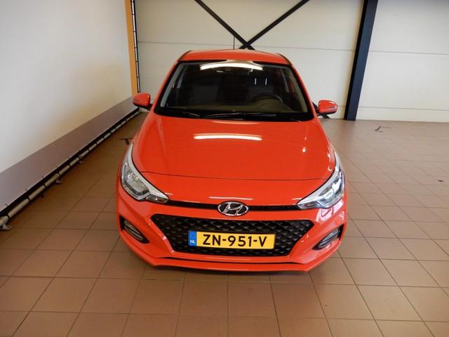 Hyundai i20 1.0 T-GDI Comfort   Apple CarPlay, cruise control, camera 