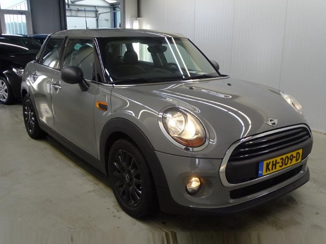 MINI Mini 1.5 One D Business *NAVI+PDC+AIRCO+CRUISE*
