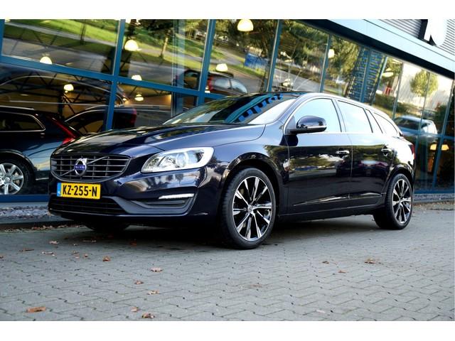 Volvo V60 2.0 D3 110kW 150pk Aut6 Nordic+ CLIMA + CRUISE + ADAPT.BI-XENON + NAVI SENSUS + SPORTHALFLEER + STANDKACHEL + ON-CALL + STOELVER