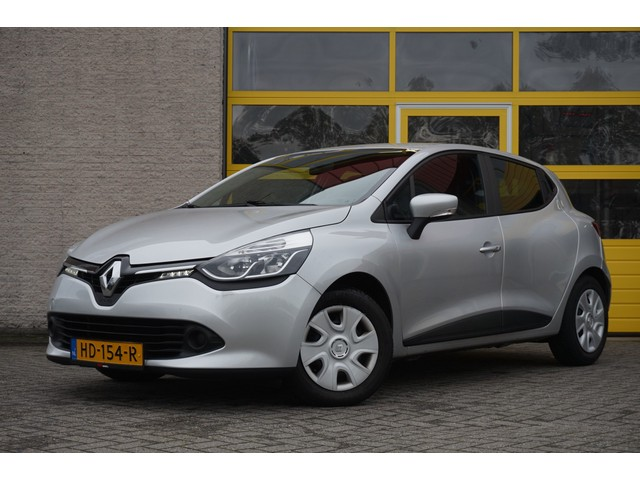 Renault Clio 1.5 dCi 5drs ECO Expression BJ2015 LED   PDC   Navi   Cruise
