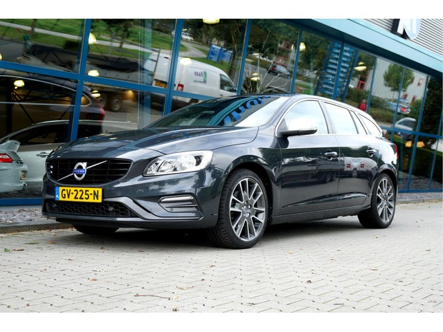Volvo V60 2.0 D3 110kW 150pk Aut6 R-Design BNS CLIMA + CRUISE + NAVI SENSUS + SPORTSTOELEN + LEER ALCANTARA + AFN.TREKHAAK + PARKSENSOREN