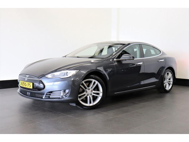 Tesla Model S 85 368 PK   AUTOPILOT   LEDER   4%   € 34.950,- Ex.