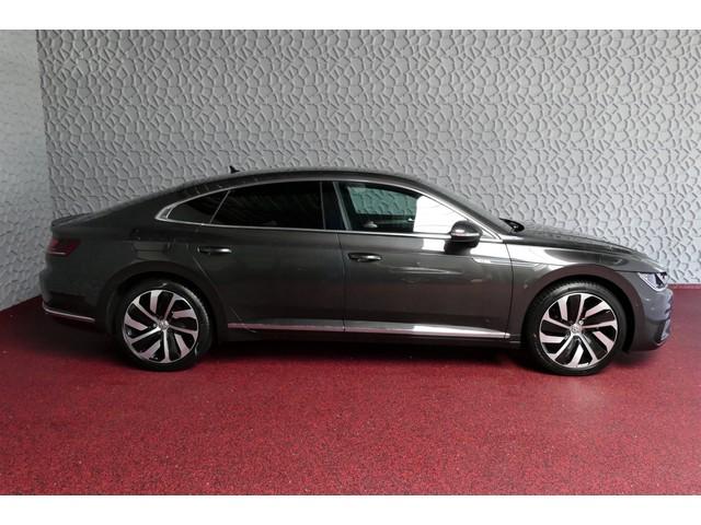 Volkswagen Arteon 1.5 TSI 150 R-LINE LED PANORAMA NAVI CAMERA ADAPT.CRUISE LANE ASS 19''LMV STOELVERW.