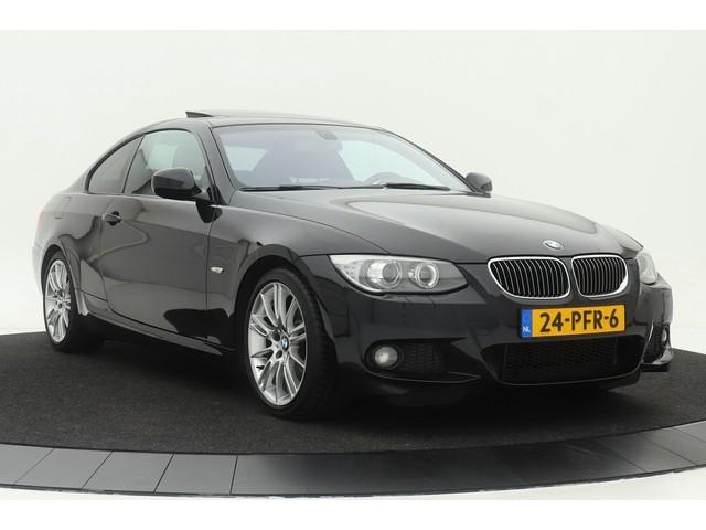 BMW 3 Serie 325i M-Sport | Xenon | Dealer onderhouden | Navigatie | Schuif- kanteldak | Climate control | Cruise control