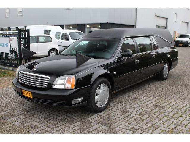 Cadillac De Ville Begrafenisauto Sayers and Scovill .