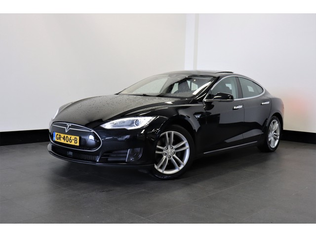 Tesla Model S 85 368 PK   AUTOPILOT   PANO-DAK   4%   € 36.950,- Ex.