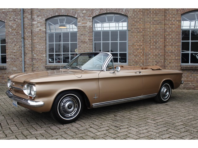 Chevrolet Corvair Convertible Automaat, Elec. cabriolet kap, 1963, Monza uitvoering, Leder, Oldtimer, Heel Mooi!