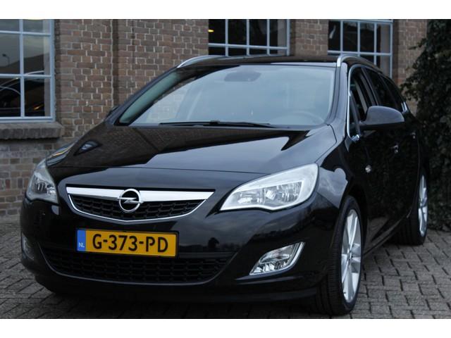 Opel Astra Sports Tourer 1.4 Turbo Cosmo 2011, 107.054 km, 140PK, Navi, Afn. Trekhaak, Clima, Dealer onderhouden