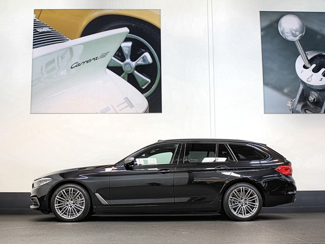 BMW 5 Serie Touring 540i 340pk Xdrive Full Options   Comfortstoelen   Adaptieve Cruise   Panodak   Active Steering   Led.