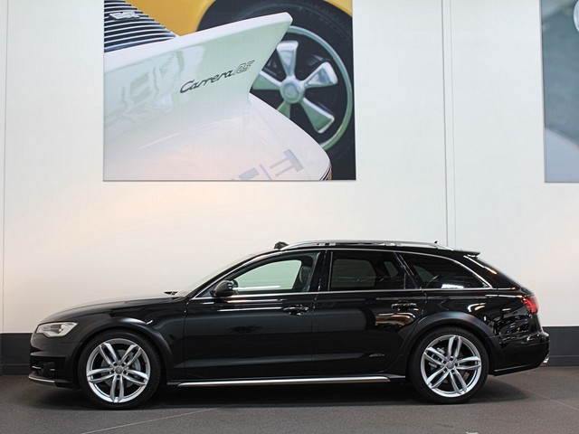 Audi A6 Avant 3.0 320 pk BiTurbo Euro 6 All Road   Adaptieve Cruise   Standkachel   Camera   Panodak   Memory Luchtv   Bose   Trekhaak.