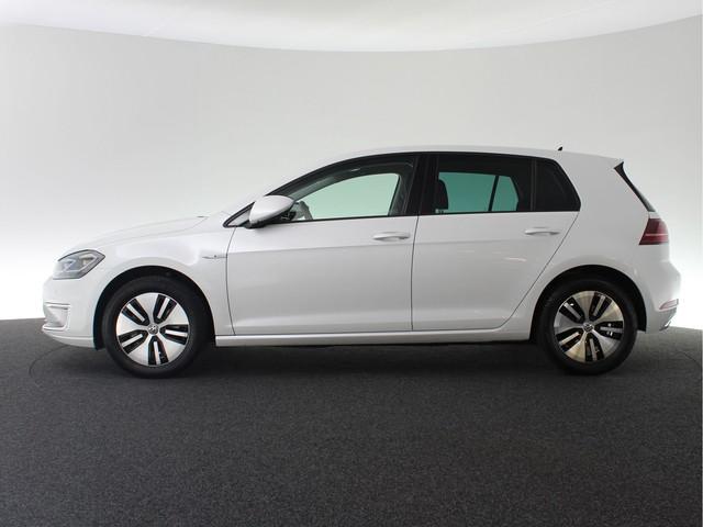 Volkswagen e-Golf 136pk 23900 euro Excl. BTW.   4% bijtelling   2000 euro subsidie   Navigatie Discover Pro   Digitale cockpit   App Connect   3D