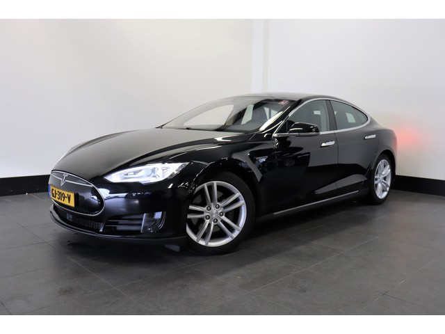 Tesla Model S 70D 335 PK   AUTOPILOT   NEXT GEN.   4WD   4%   € 37.950,- Ex.