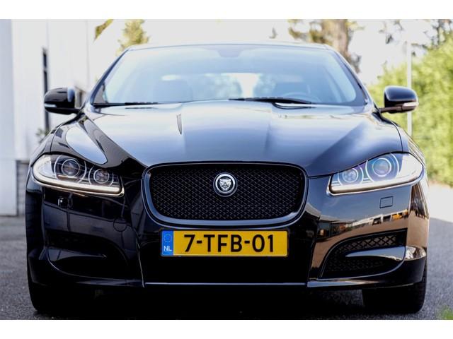 Jaguar XF 3.0 V6 Supercharged 340PK Automaat*NL-Auto*Aerodynamica-pakket*Black Pack*Keyless Entry Navi Leder Bi-Xenon LED*